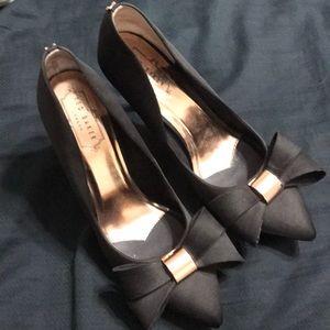 Lightly used Ted Baker London Stiletto heels sz 39